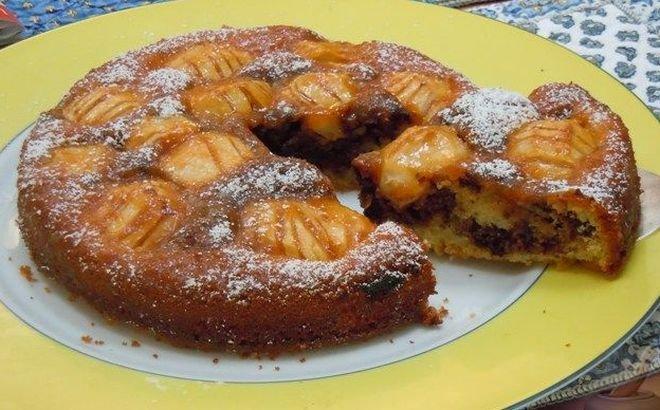Пирог: с персиками и шоколадом