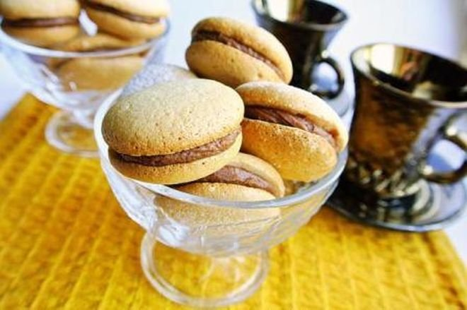 Печенье: с кремом из творога и шоколада