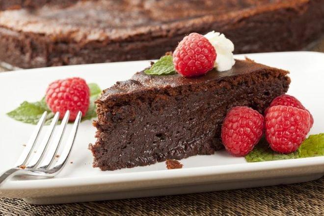 ПИРОГ: шоколадный без муки